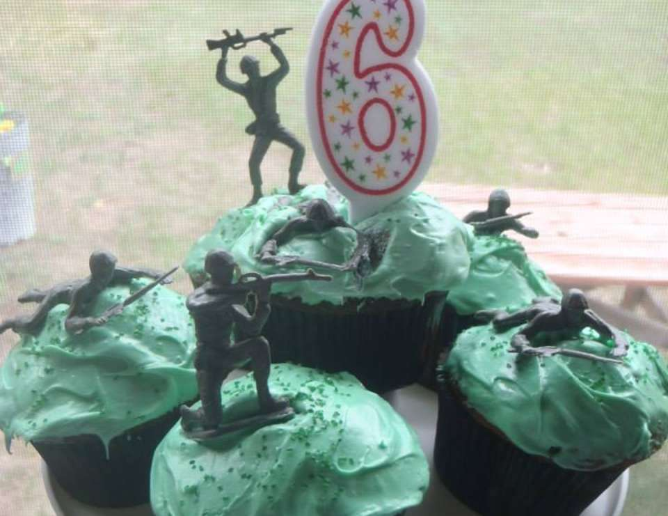 Eladio's 6th Birthday Boot Camp - Army/Camouflage