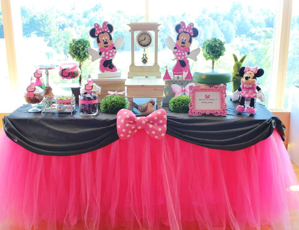 Minnie Mouse Birthday Alivia Turns 1 Catch My Party