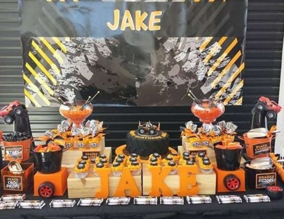 Jake's Monster truck party - Monster Truck