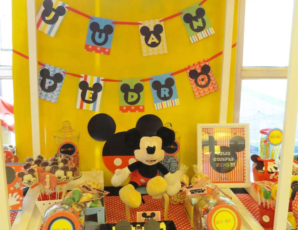 Mickey mouse party - Mickey Mouse Party
