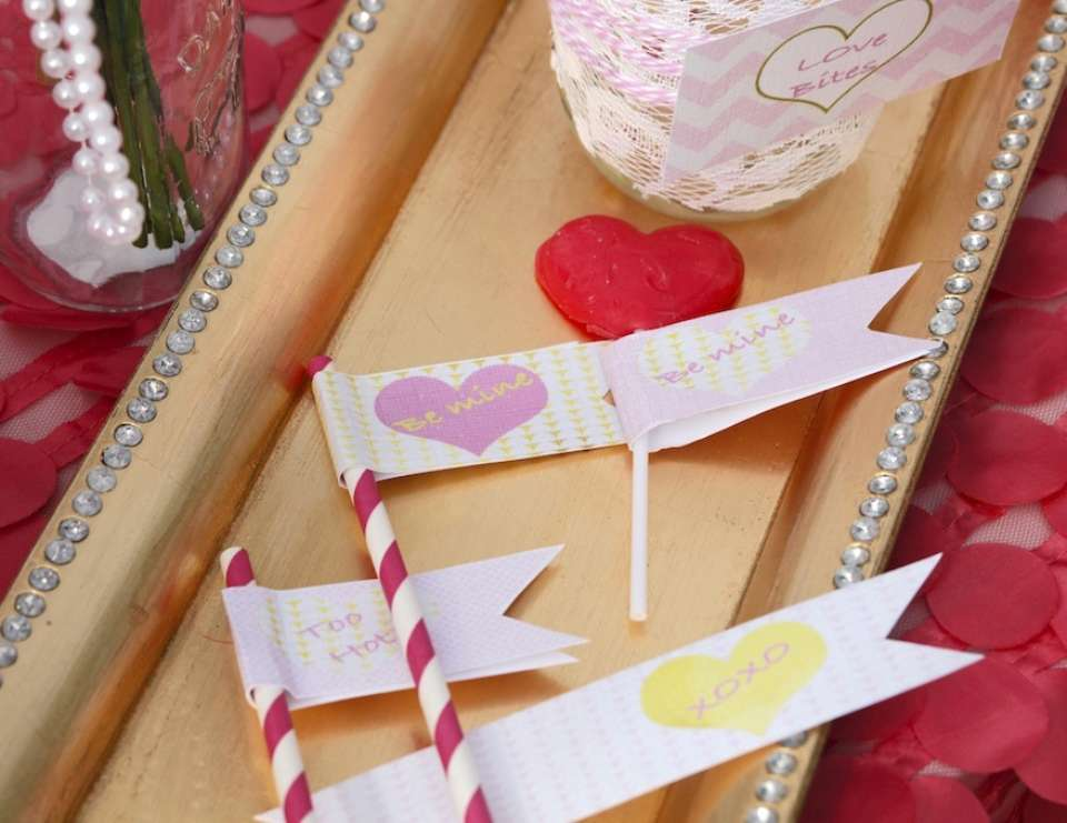 """Crafty meets Love Party"" - Sweet Love Valentines Party"