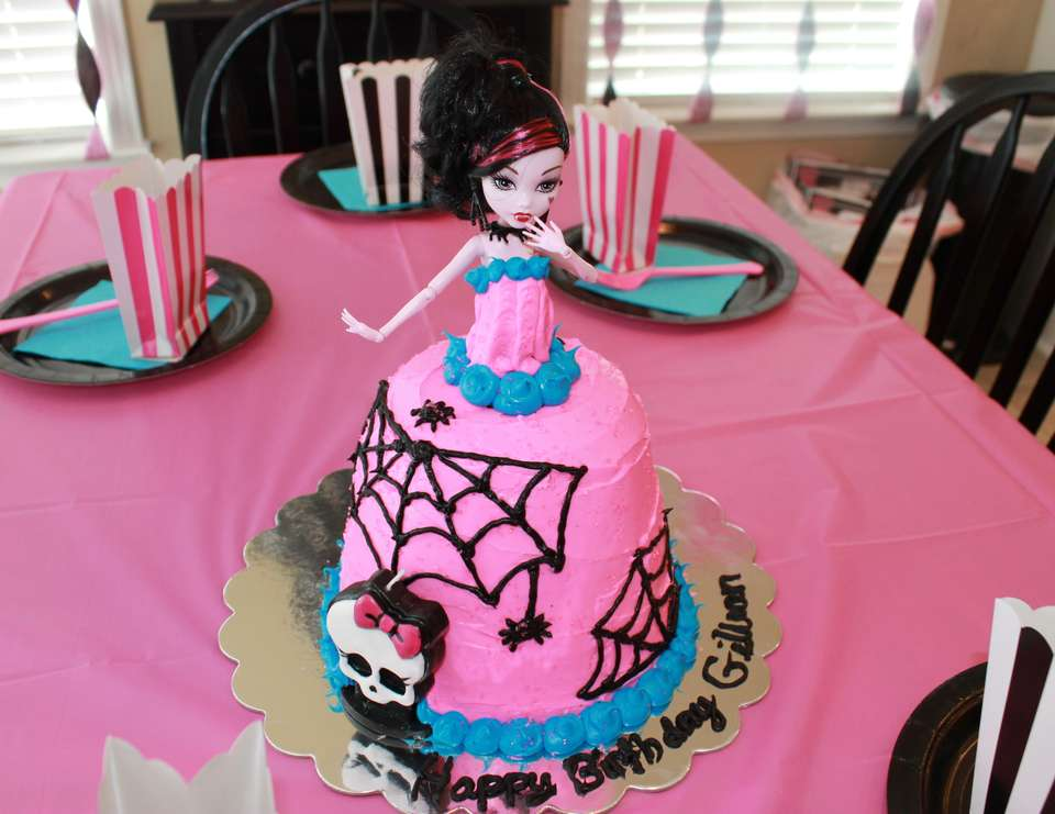 Gillian's 9th Monster High Party - Monster High