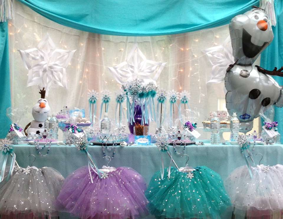 Frozen Princess Party - Queen Frostine - Disney Princess