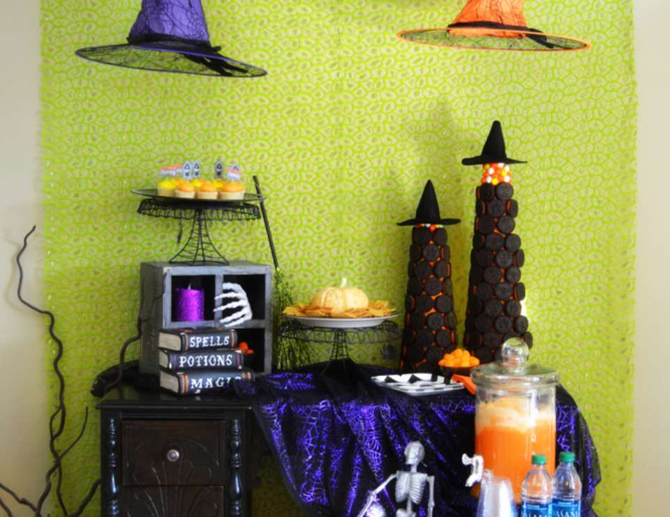 Spooky Snacks Halloween Playdate - Witches