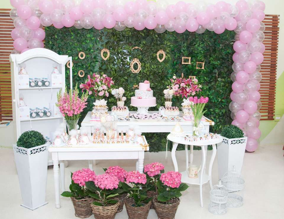 Party Theme Shabby Chic