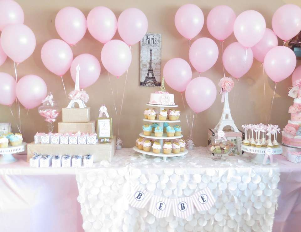 Paris inspired baby shower baby shower paris baby for Baby party decoration