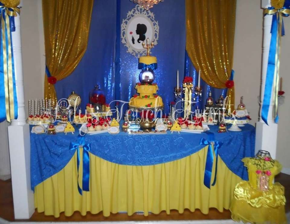 beauty and the beast quincea era beauty and the beast quinceanera catch my party. Black Bedroom Furniture Sets. Home Design Ideas
