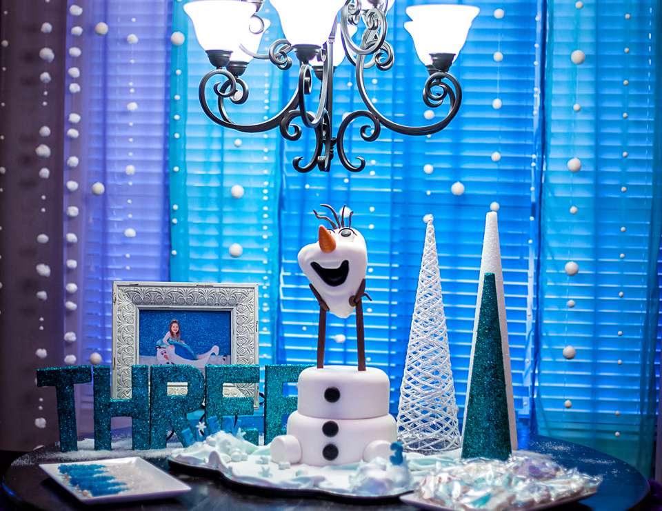 Eden's Frozen Third Birthday Party - Frozen (Disney)