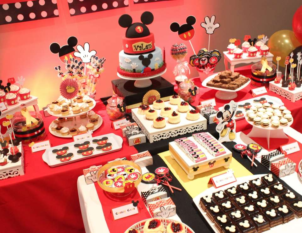 Mickey Mouse Party  - Mickey Mouse