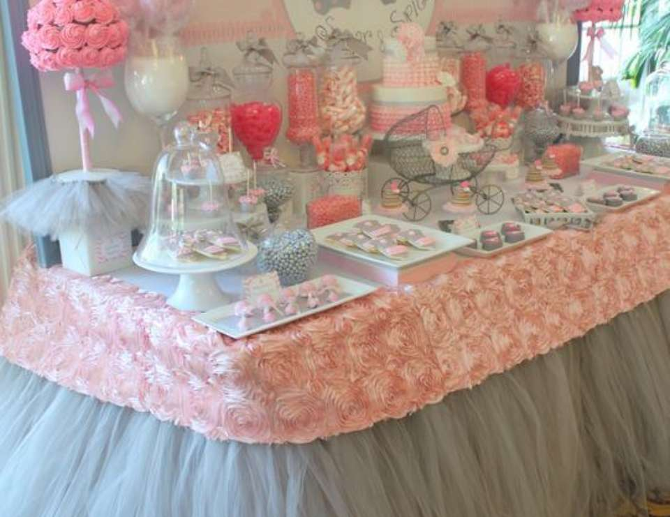 Tutu cute baby shower tutu cute twin baby shower for Baby shower decoration ideas for twin girls