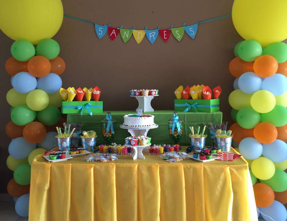 Pool fun birthday andres 5th birthday catch my party for 5th birthday decoration ideas