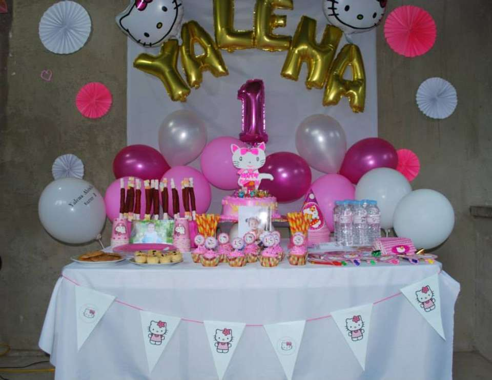 Hello Kitty Birthday Yalenas First Birthday Party A Hello Kitty