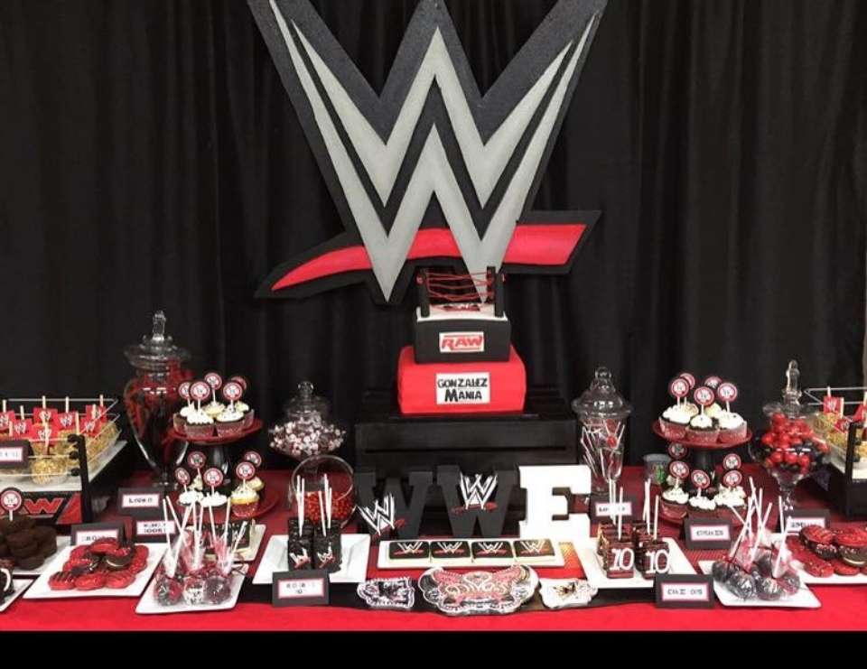 Leilani's WWE birthday party  - WWE
