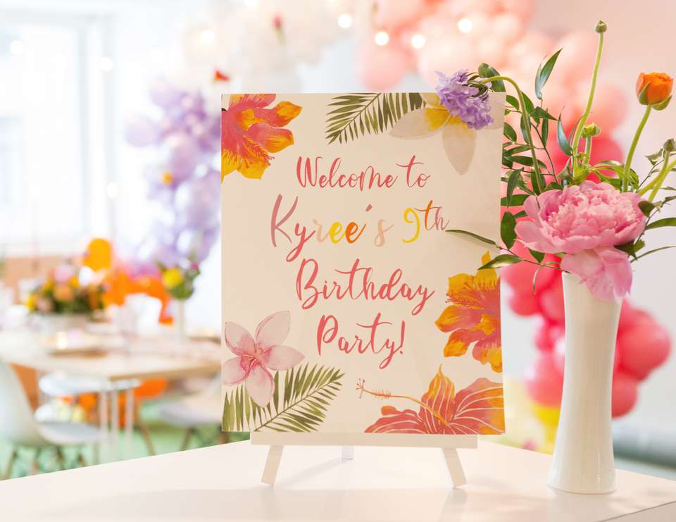 An elegant 9th birthday party with a pop of colour! - Elegant, chic, colourful, girl power!