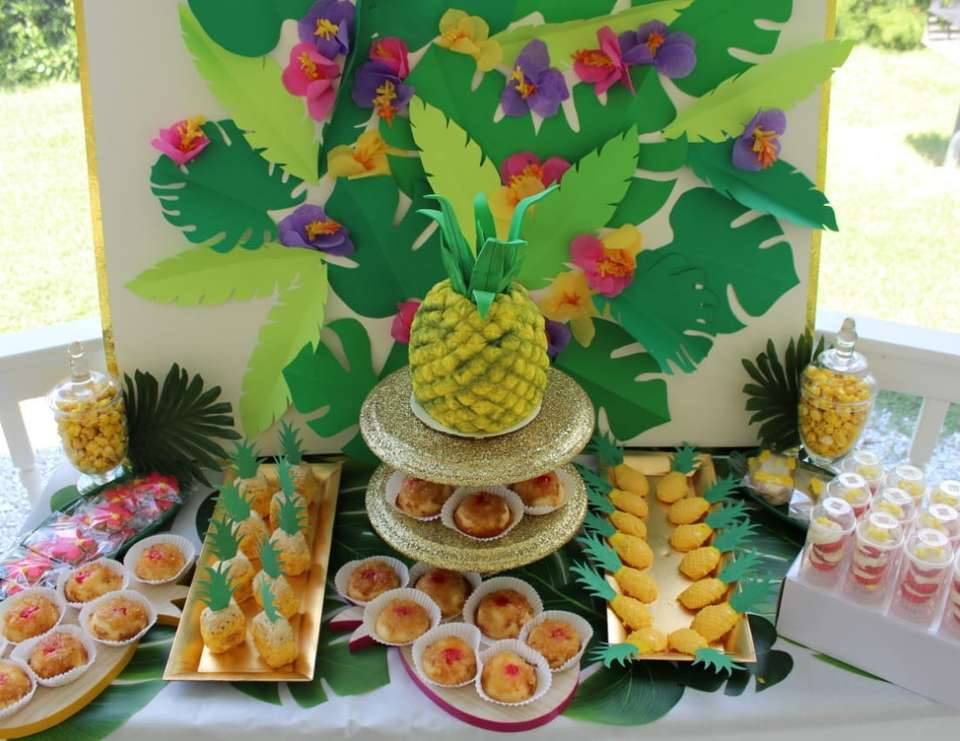Pineapple Baby Shower  - Pineapple