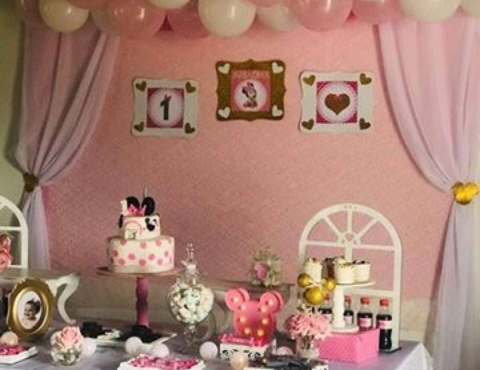 Ariadna's 1st Minnie Baby Birthday Party - Minnie Mouse