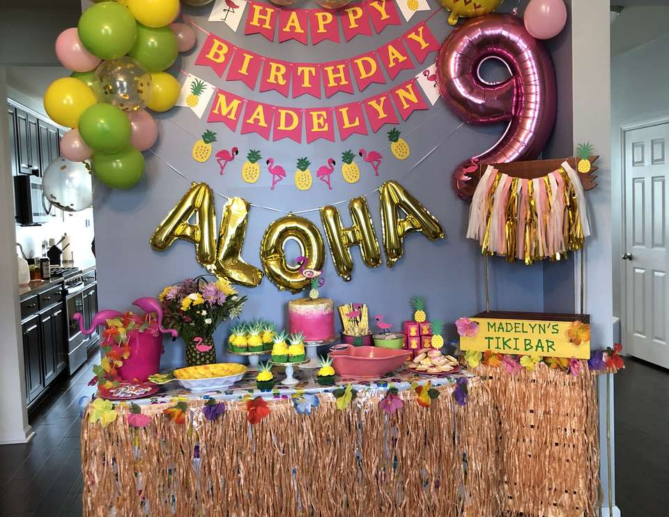 Madelyn's luau party - Luau / Hawaiian