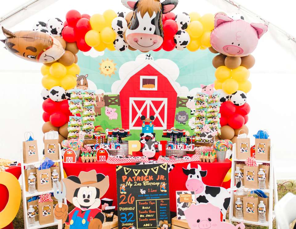 Pj and Mickey's Barnyard - Mickey Mouse
