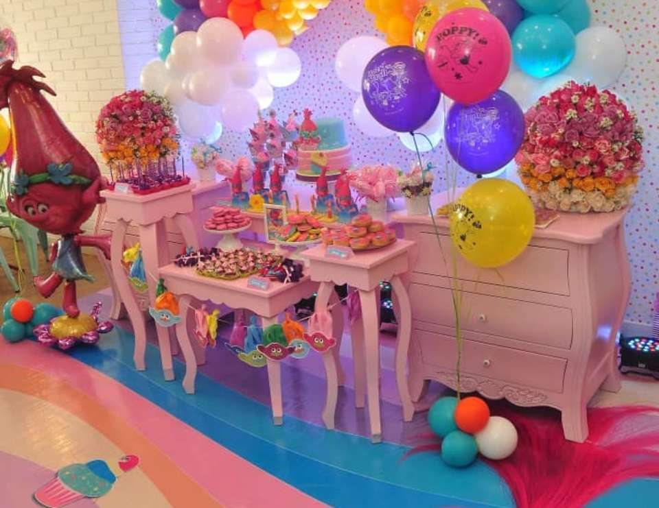 Fabianna's Trolls Birthday Party  - Trolls