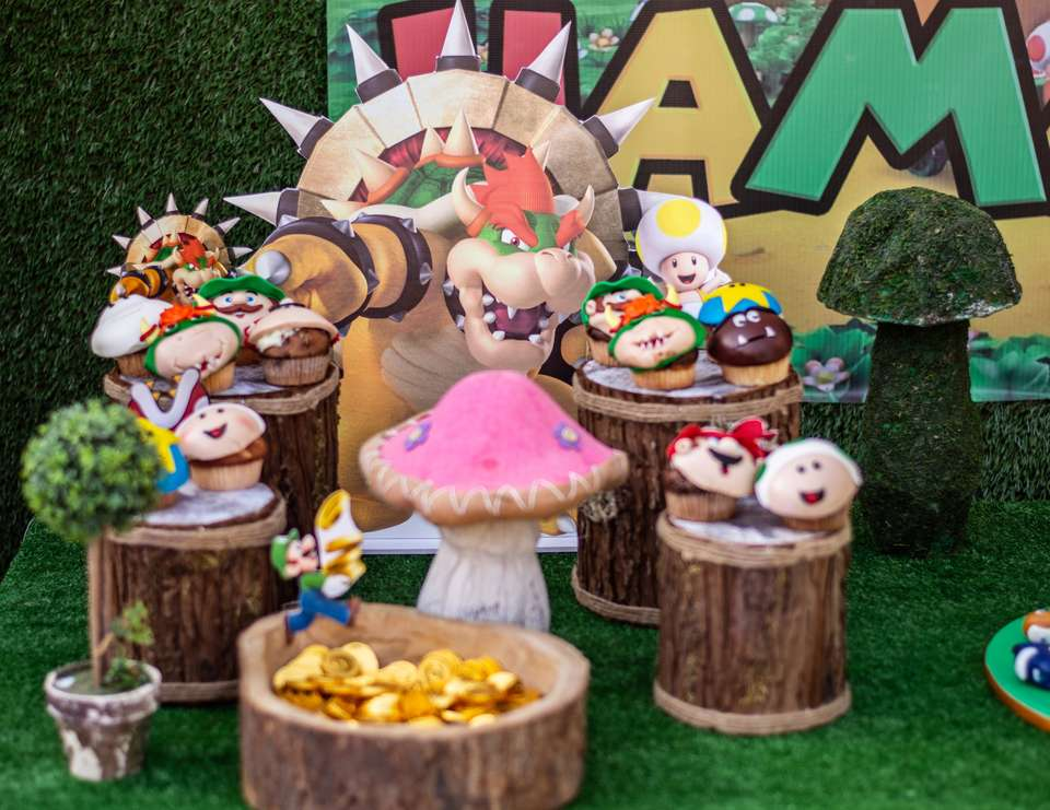 Bowser Super Mario Birthday party - Bowser