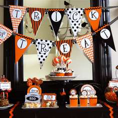 Halloween Trick or Treat Tablescape - None