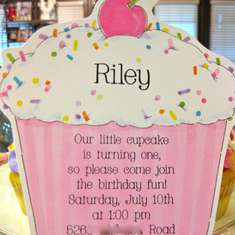 Riley's First Birthday - Cupcakes
