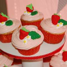 Strawberry Shortcake Party - Strawberry Shortcake and Strawberries