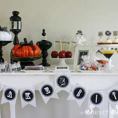 Vintage-Style Adult Halloween Party - halloween tablescape, adult halloween party