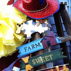 Farm Sweet Farm 1st Birthday - Farm/Barnyard