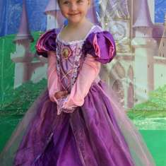 Evie's Disney Princess Adventure - Disney Princess