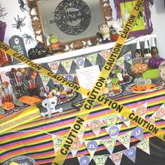 Halloween/30th Birthday Bash - halloween tablescape