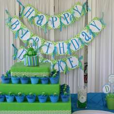Drake's 1st Birthday Party - Frogs