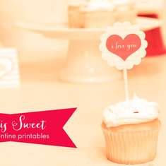Love is Sweet | A Valentine Freebie - Valentine's Day