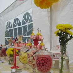 Red & yellow vintage themed 3rd Birthday - Vintage Toy