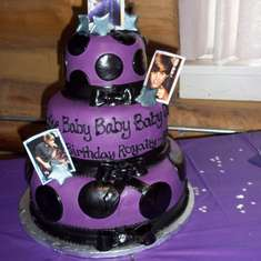 royaltys 2nd birthday - Justin Bieber