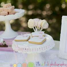 Vintage Tea Party Inspiration Shoot - Vintage Tea Party
