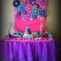 Baby shower with touch of glamour - Pink purple turquoise, It's a girl