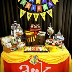 Aaden's Harry Potter 1st Birthday - HOGWARTS / Harry Potter
