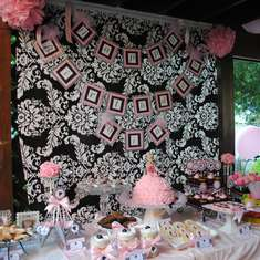 Barbie Chic Birthday - Barbie