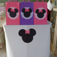 Minnie's Bow-tique - Minnie Mouse