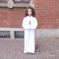 Chiara gets her first Holy Communion - tiffany's inspiration