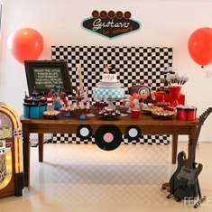 Gustavo's 2 years old Rock Party - Rock & roll