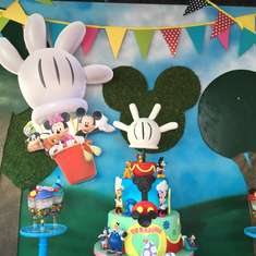 Up up and away club house - Mickey Mouse / Minnie Mouse