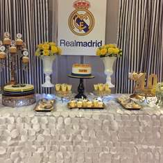 Classic and elegant football party - Real Madrid birthday party