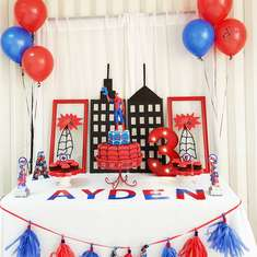 Amazing Ayden Spiderman Party - Spiderman