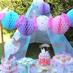 Unicorn themed birthday - Unicorns