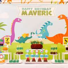 Maveric's Modern Dinosaur Birthday Party - Dinosaurs