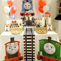 Thomas Train Track Birthday Party - Thomas & Friends