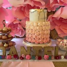 Daniela's baptism - Pink, Gold and Roses