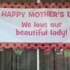 We Love Our Beautiful Lady - Ladybugs